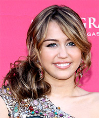 Miley Cyrus - Updo Hairstyle